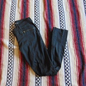 *85 Kenneth Cole New York Skinny Jeans